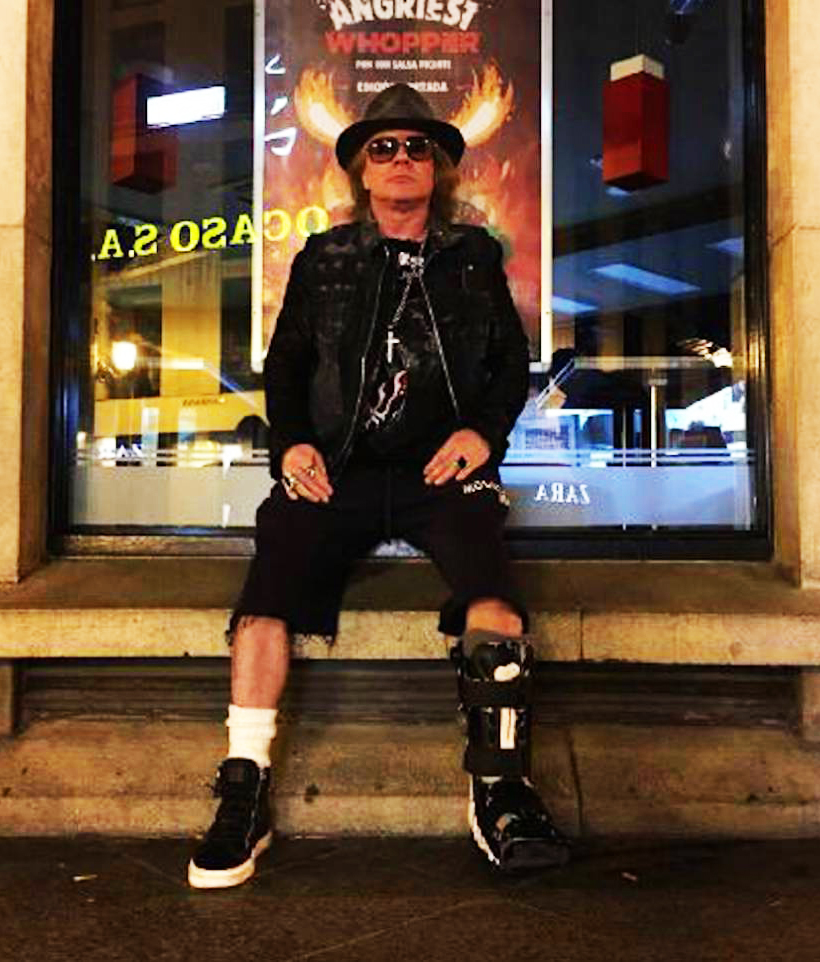 axl-rose-sevilla-burger-king.jpg