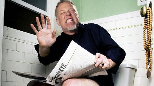 """James Hetfield sobre Hardwired: """"Ya no hay más declaraciones sobre el nuevo disco, dejadme cagar tranquilo hostias"""" """"BUENO, TÚ ME VAS A ALCANZAR UN ROLLO DE PAPEL, PERO LUEGO OS LARGÁIS ECHANDO PESTES"""", AÑADE"""